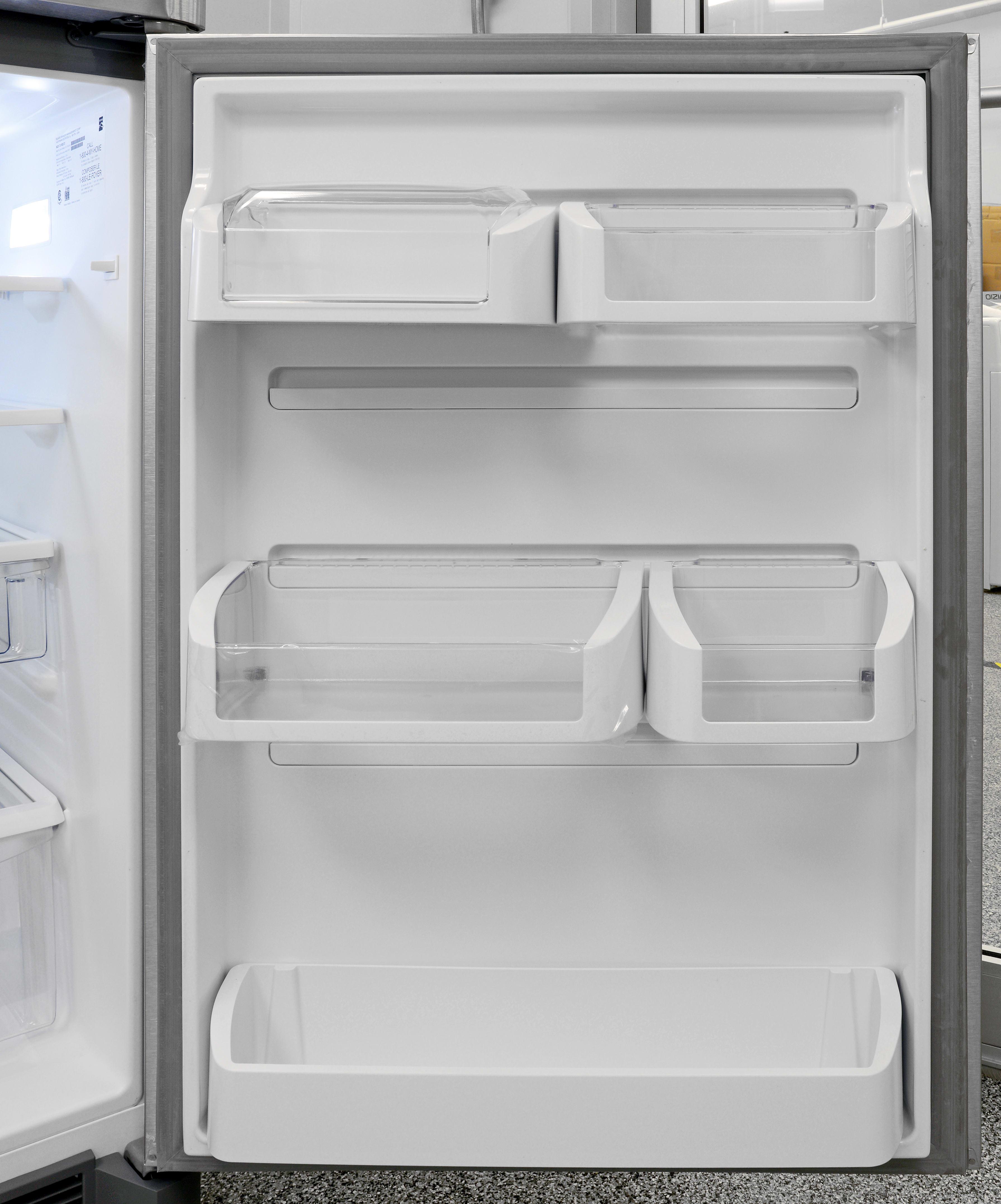 The Kenmore 70623's adjustable, sliding door buckets offer door storage with unparalleled flexibility.