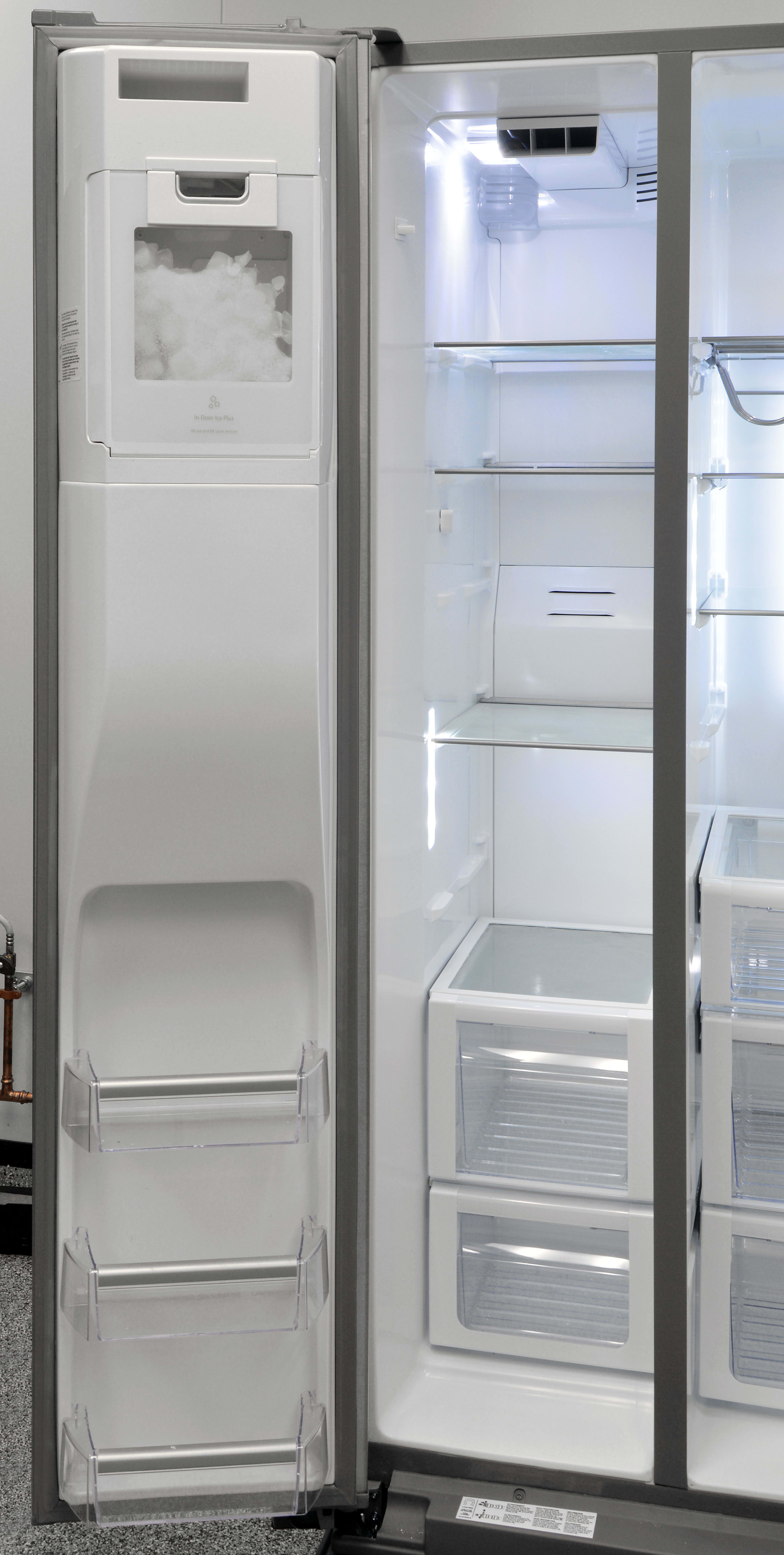 The Whirlpool WRS975SIDM's freezer section may not have a ton of door storage, but the main cavity has plenty of shelves and drawers for easy organization.