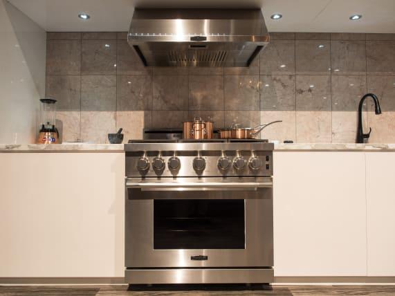 Kitchen Suite Lgs signature kitchen suite takes on luxurys heavy hitters credit workwithnaturefo