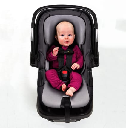4moms Self Installing Car Seat Will Keep Your Baby Safe