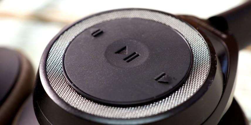 Plantronics Backbeat Sense Wireless On-Ear Headphones Review