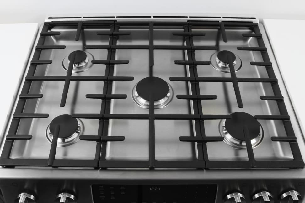 Bosch Range Top >> Bosch Hgi8054uc Slide In Gas Range Review Reviewed Ovens