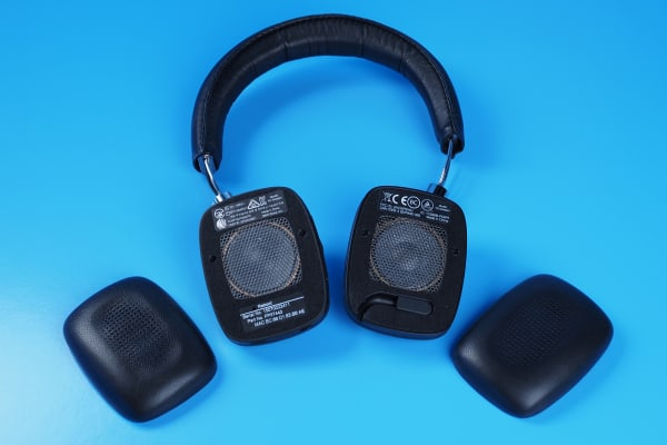 Each earcup attaches via magnets for easy removal and to go from wireless to wired.