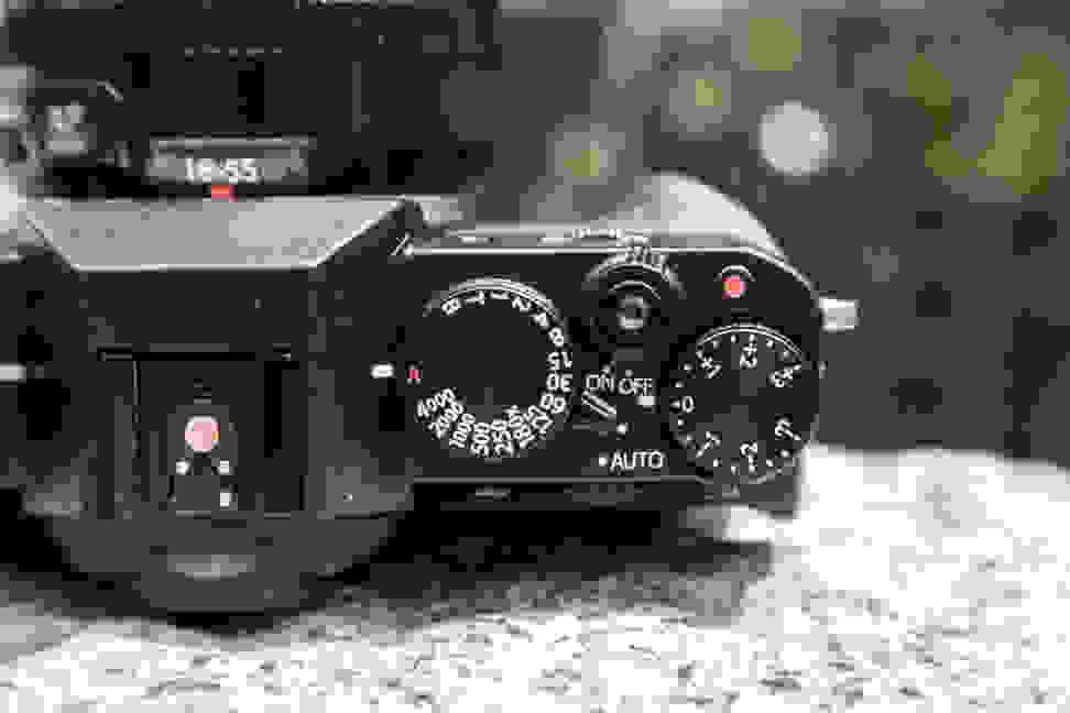 Fujifilm X-T10 Top Controls