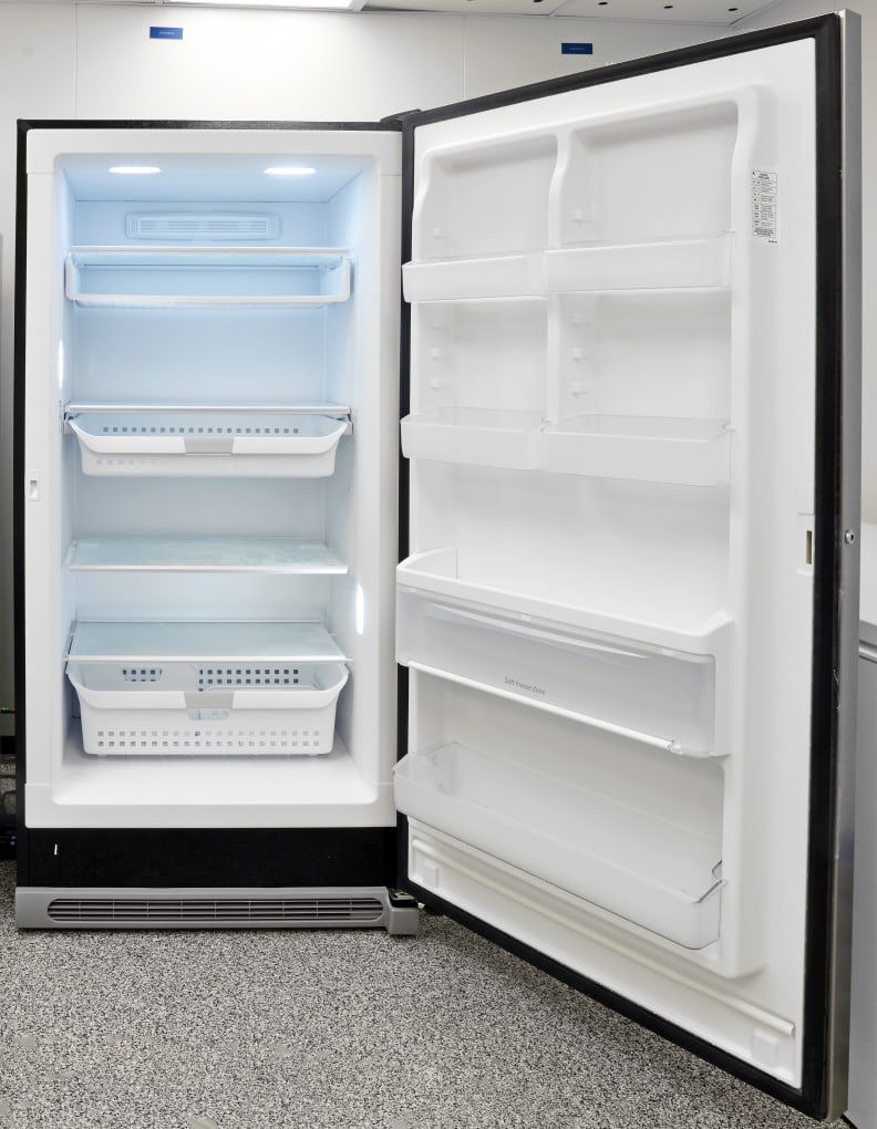 Bright LED lights and clean white plastic give the Kenmore Elite 27003 a higher-end look.