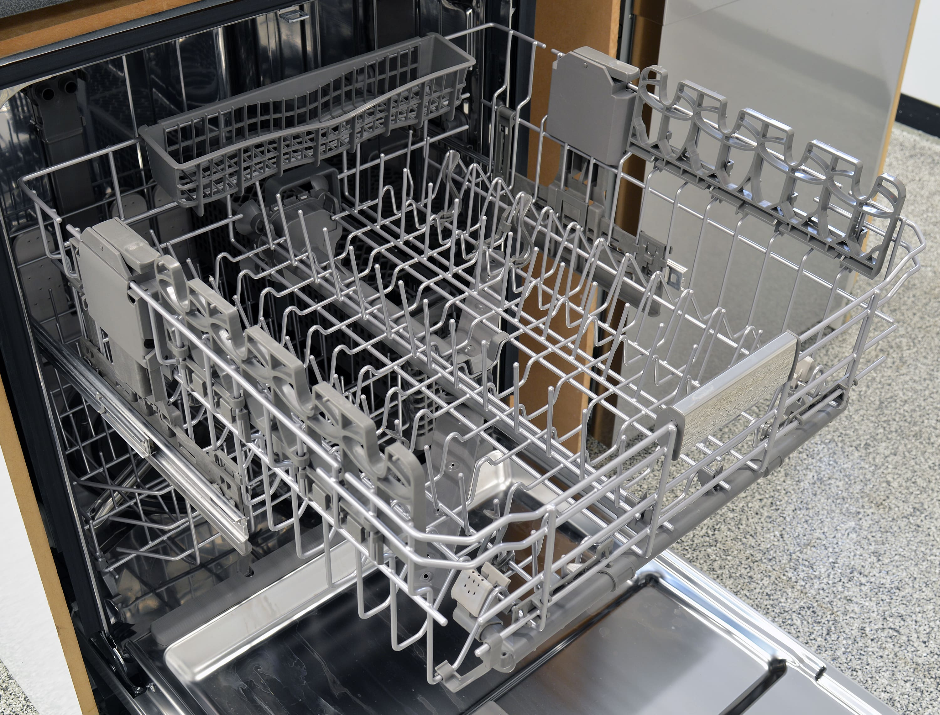 KitchenAid KDTE404DSS upper rack