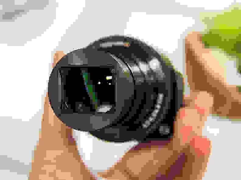 Sony Cyber-shot QX30 – 30x Zoom
