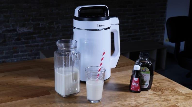 Midea NRG Milk Extractor with almond milk ingredients