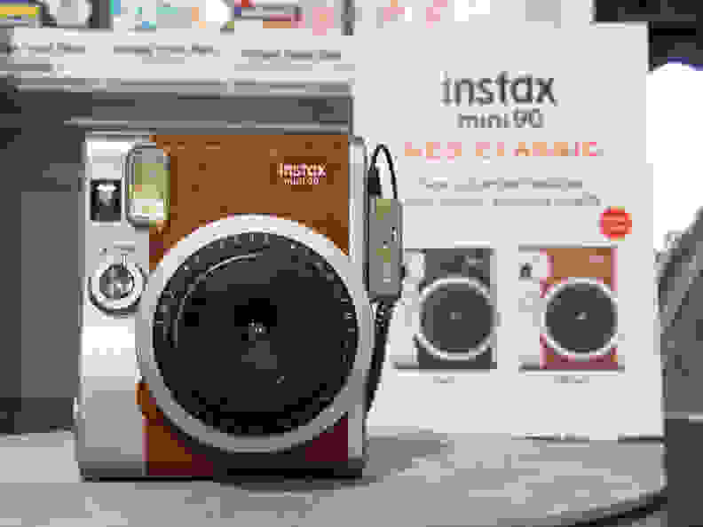 Instax Mini 90 Neo Classic (Brown) –Front