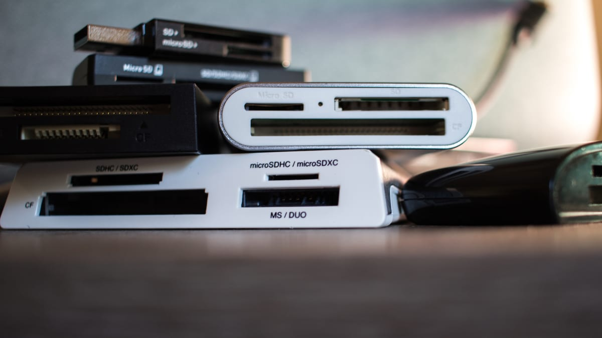 The Best Sd Card Readers Of 2021 Reviewed