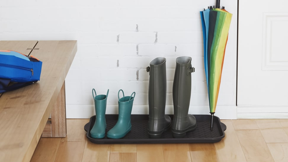 Keep your entryway clean with the help of a sturdy boot tray.
