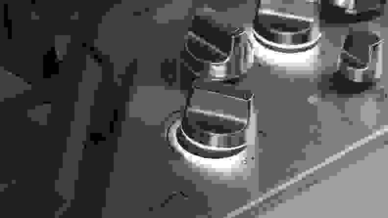 knobs-GE-Café-CGP9536SLSS-cooktop