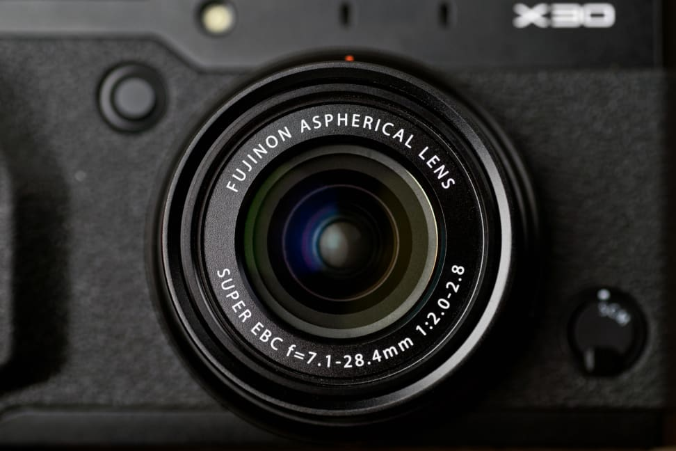 fuji-x30-review-design-lens-front.jpg