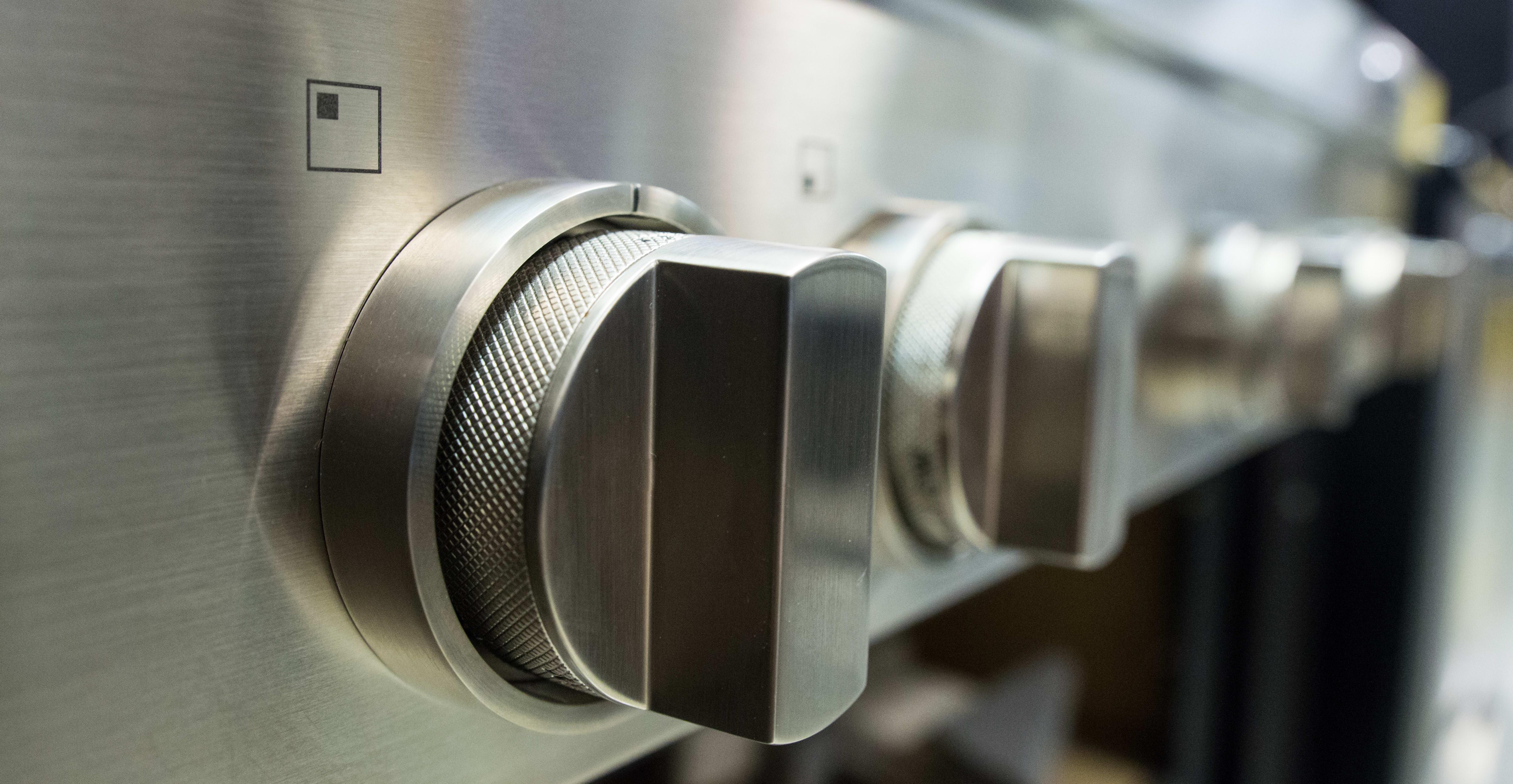 Burner control knobs