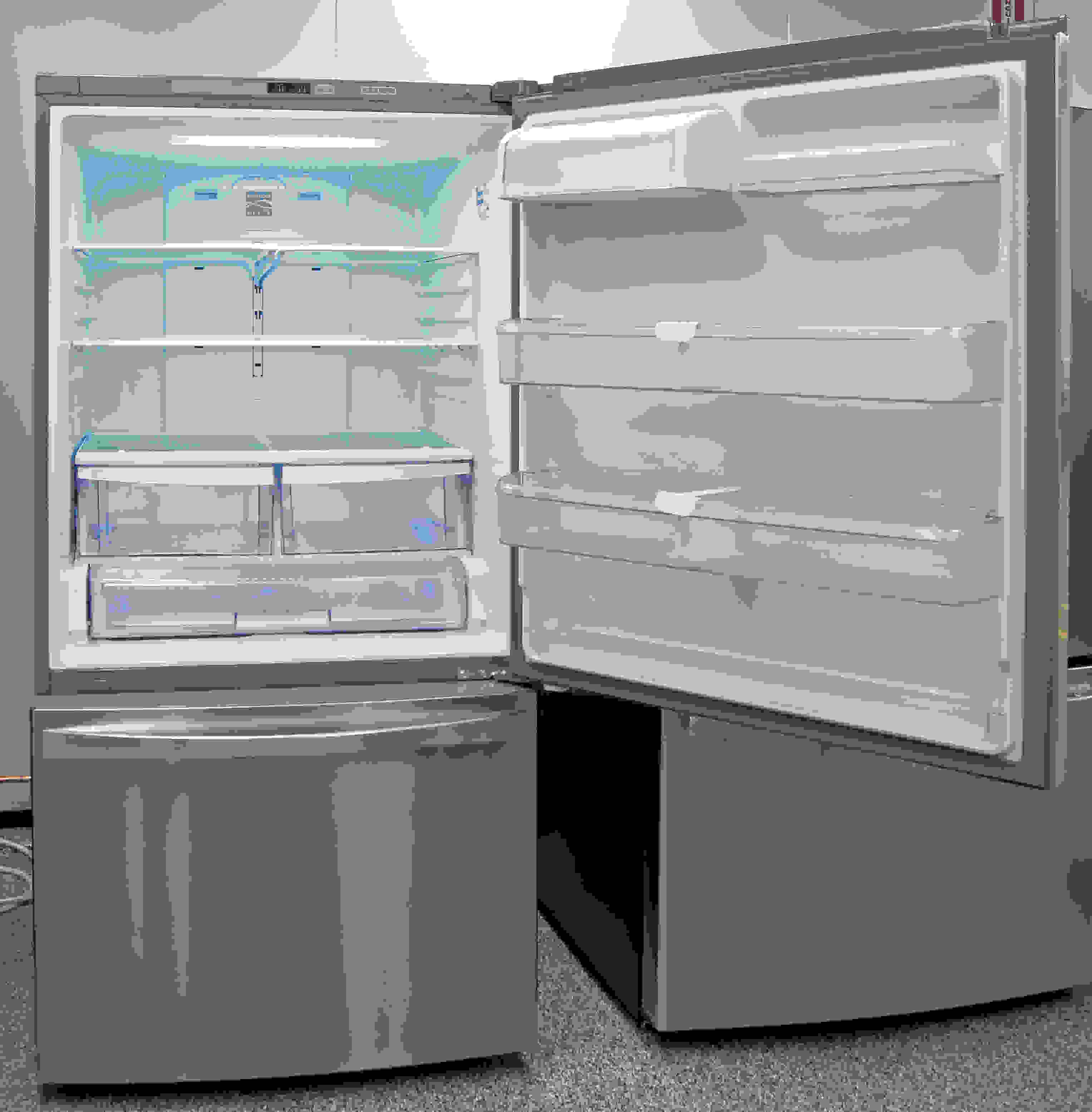 Lots of usable storage space make the Kenmore Elite 79043 a good choice for large families.