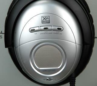 ear-cup-buttons.jpg