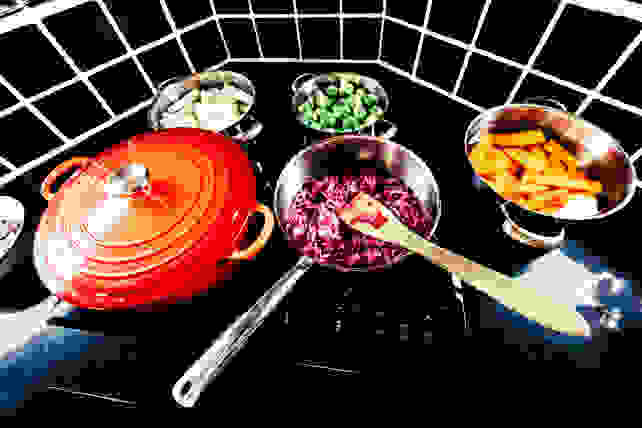 Cooking-on-an-induction-cooktop