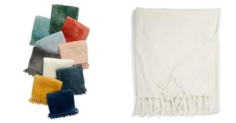 Plush throw blankets