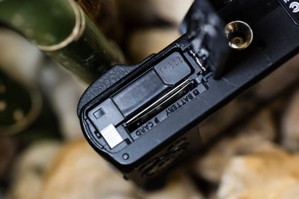 The battery on the ZS50 is capable of 300 shots.