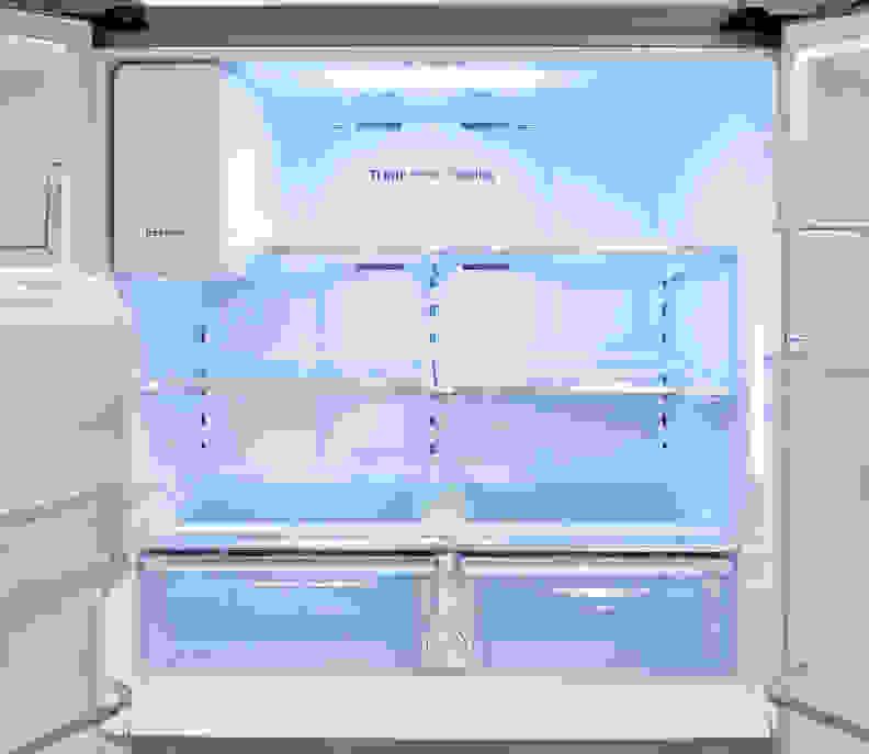 Samsung RF23J9011SR Fridge Interior