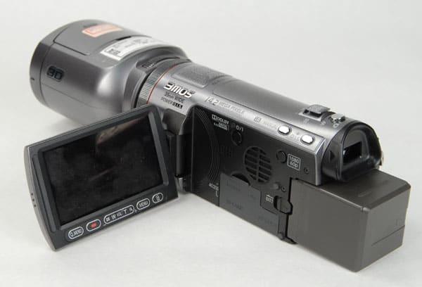 Panasonic_HDC-SDT750_LeftOpen.jpg