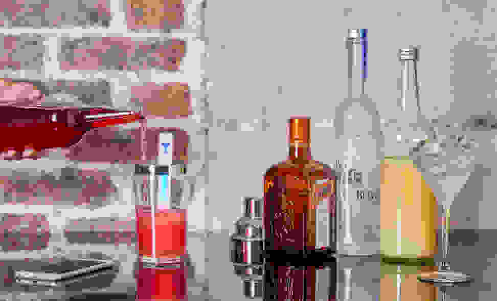 The MixStick with assorted glassware and beverages