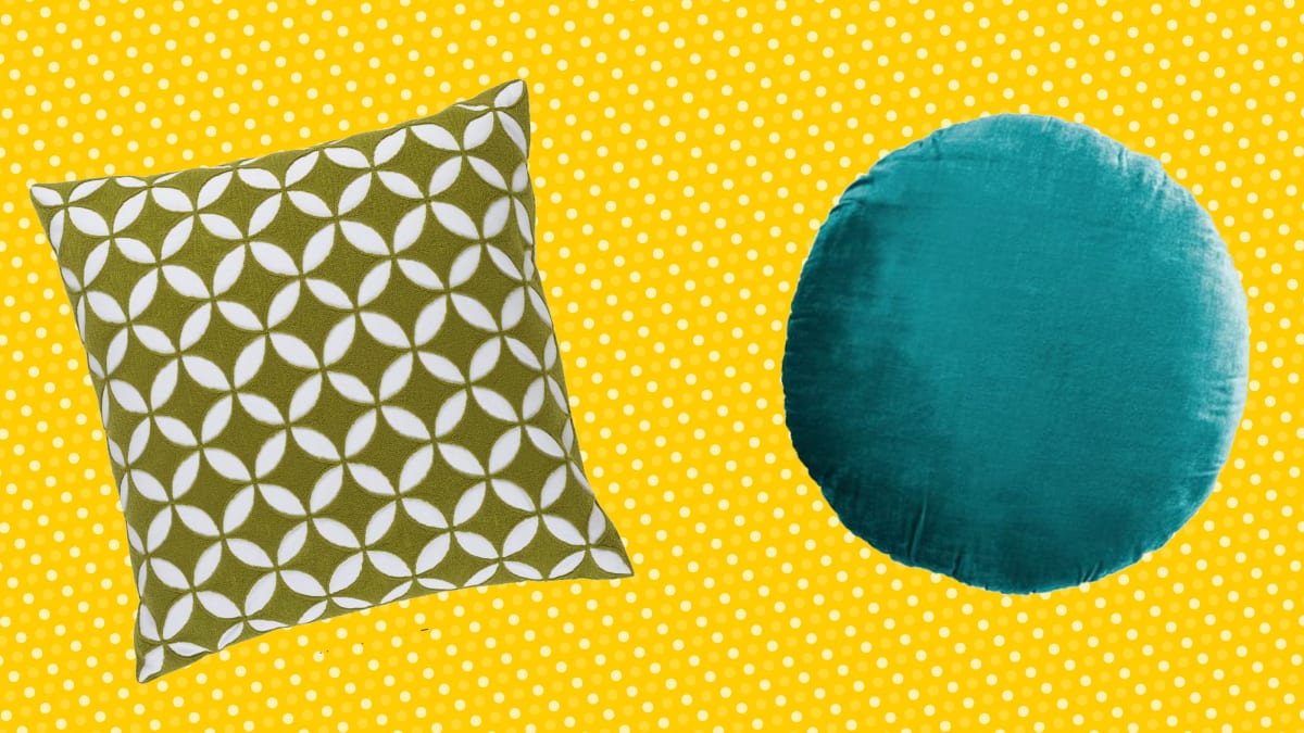 20 Popular Throw Pillows For Your Couch Reviewed