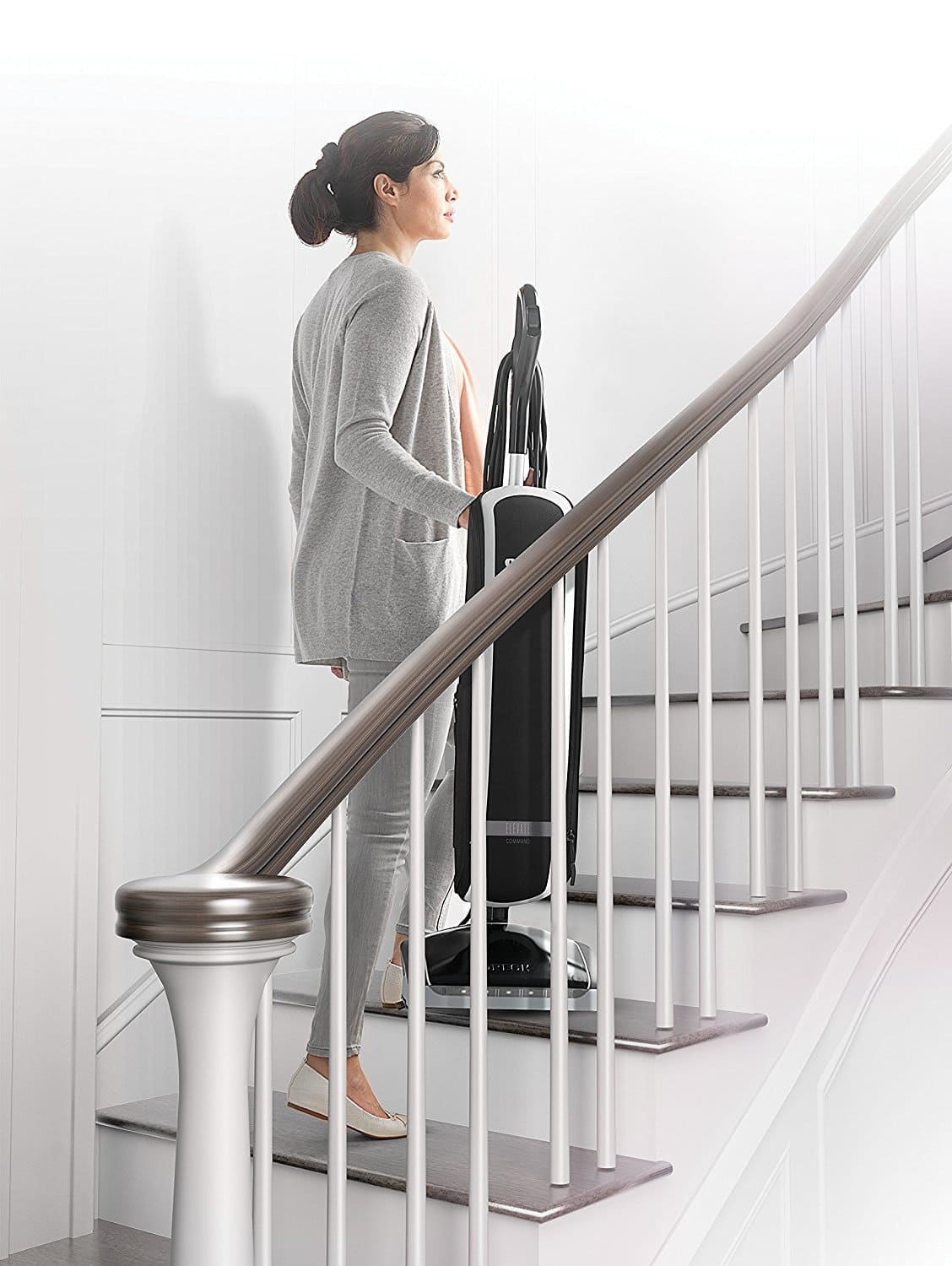 Master the art of taking your vacuum to the second floor with the 11 pound Oreck Elevate Conquer.