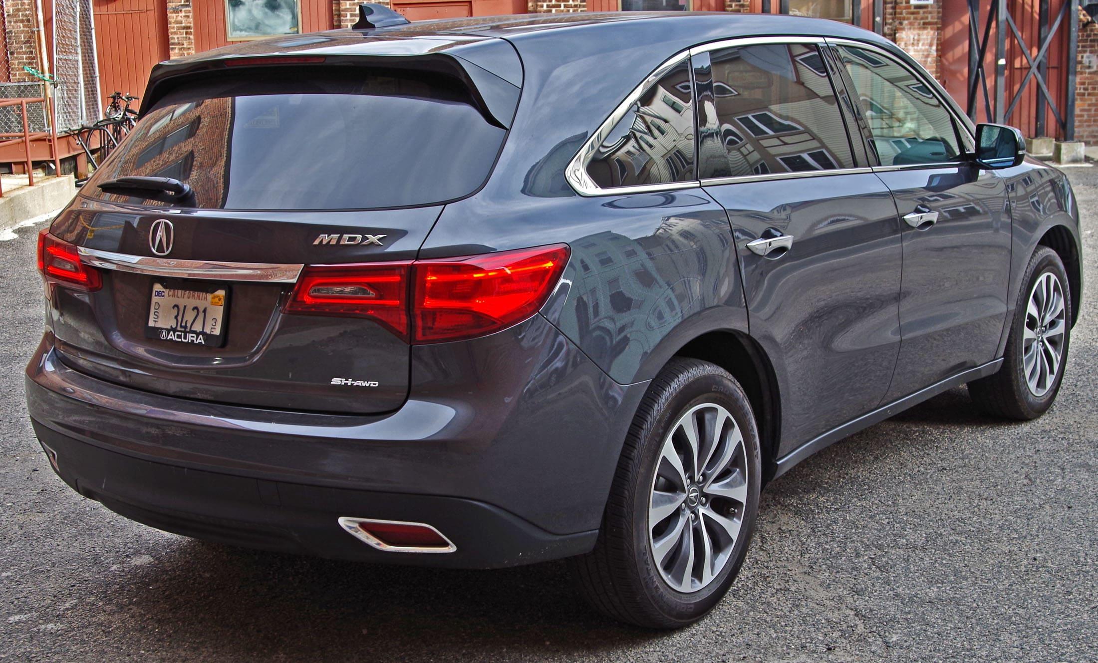 2014 Acura MDX rear view.