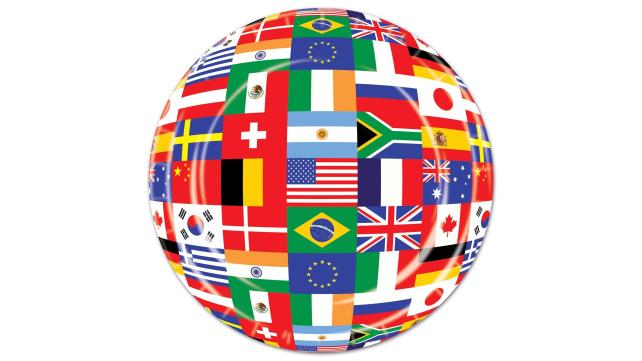 Beistle International Flag Plates