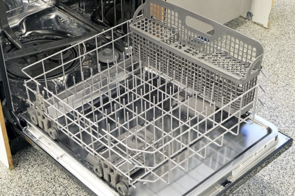 The IKEA Renlig IUD8555DX's lower rack looks spacious enough, but the tine arrangement is so uniform that it doesn't allow for much dish flexibility.