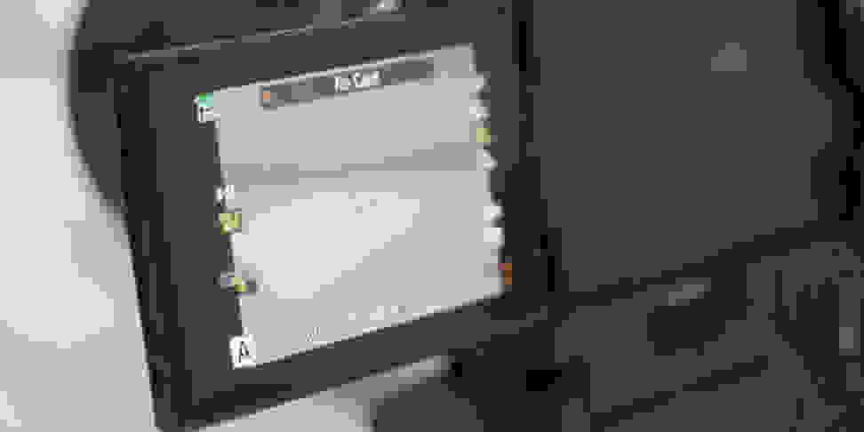 Olympus OM-D E-M1 Mark II Screen