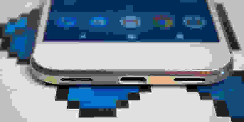 Google Pixel USB Type-C Port