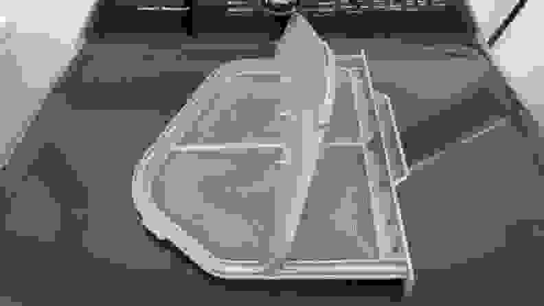 The Samsung DVE50R5400V dryer lint trap