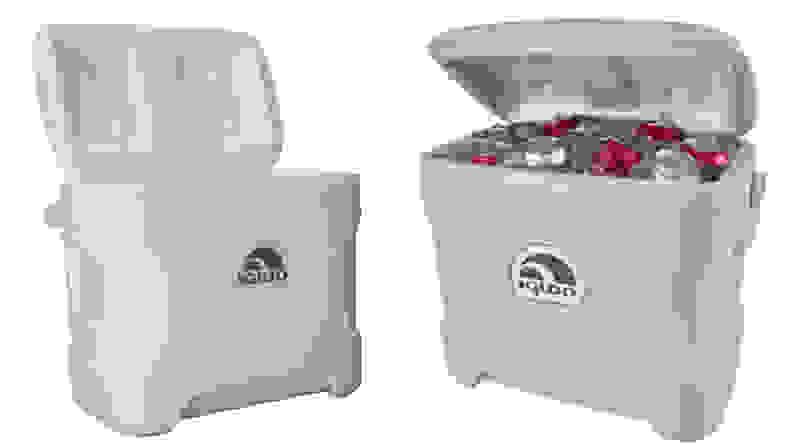 An Igloo Marine Ultra Cooler against a white background.