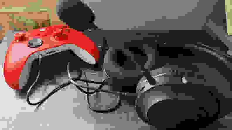 The Razer Barracuda X plugged into an Xbox Series X controller