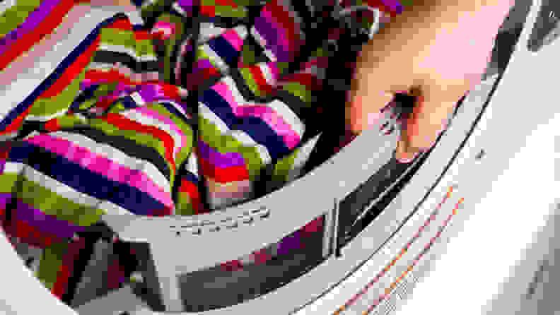 Whirlpool WED6620HW Dryer — Lint Trap