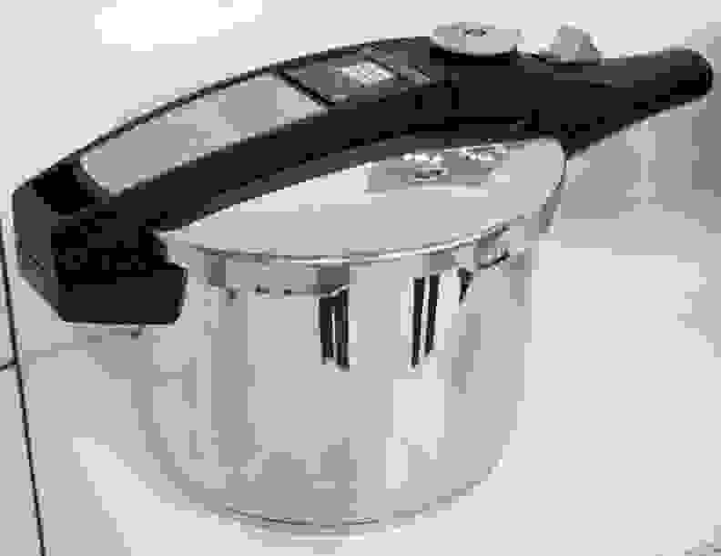 Fagor's Self-Powered Pressure Cooker