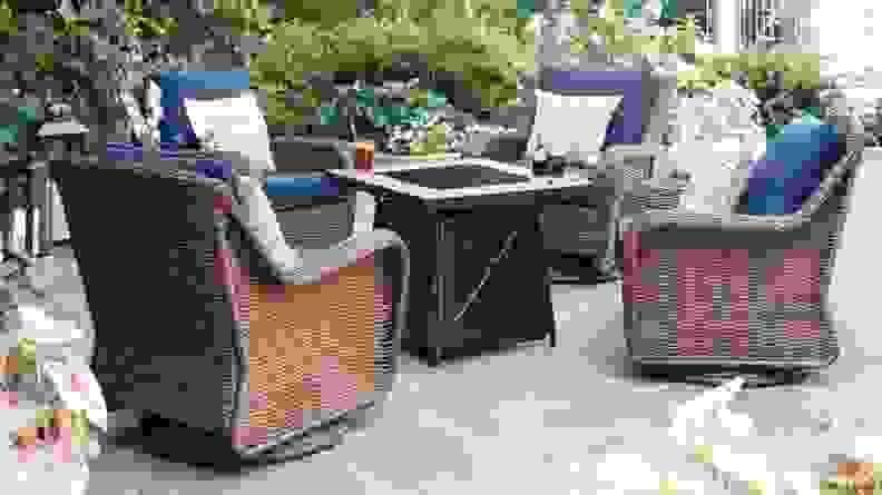 8 Swivel chairs