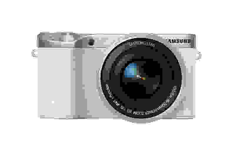samsung-nx500-front.jpg
