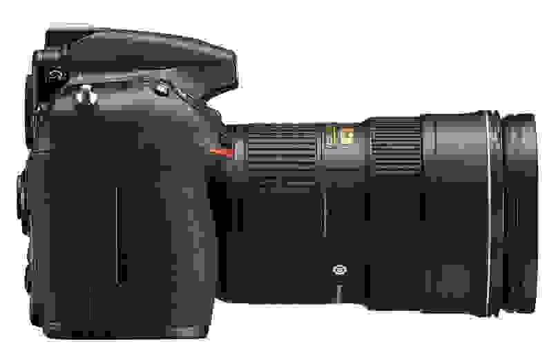 NIKON-D810-RIGHT.jpg