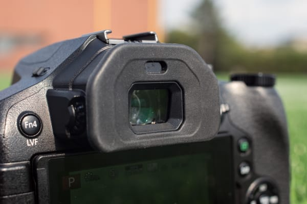 The EVF has been upgraded to an impressive 1,440k-dot OLED.