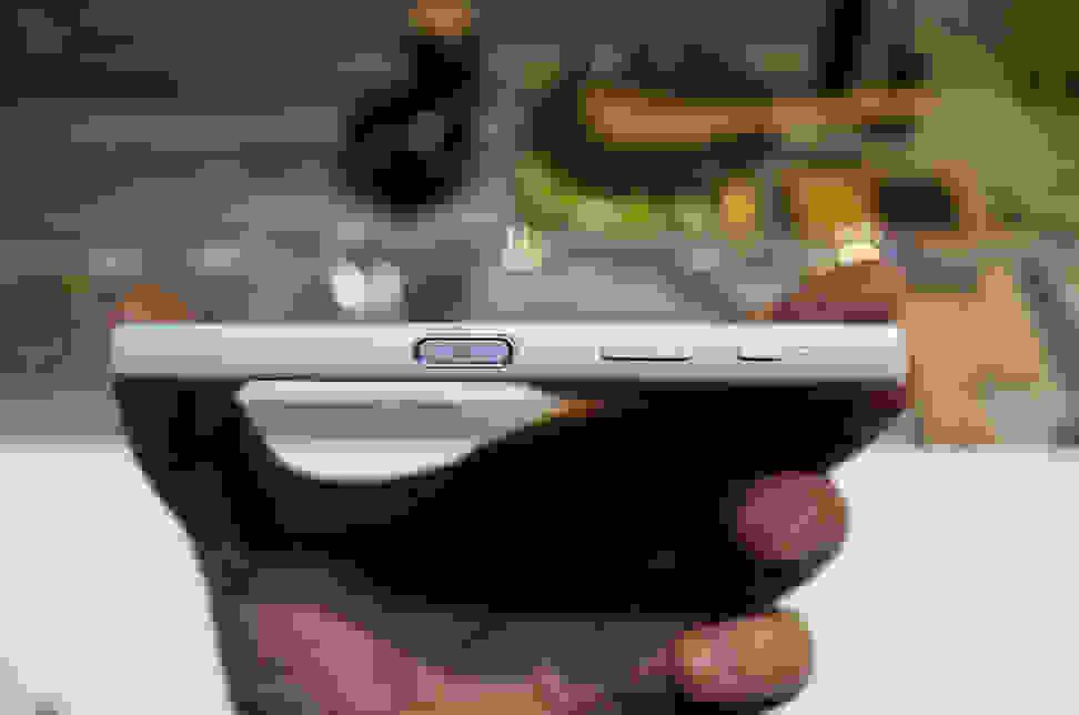 Sony Xperia Z5 – Power Button