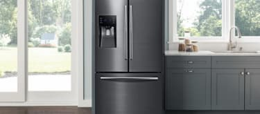 Kitchen scene black stainless refrigerator french door rf263beaesg lifestlye closed black 102417