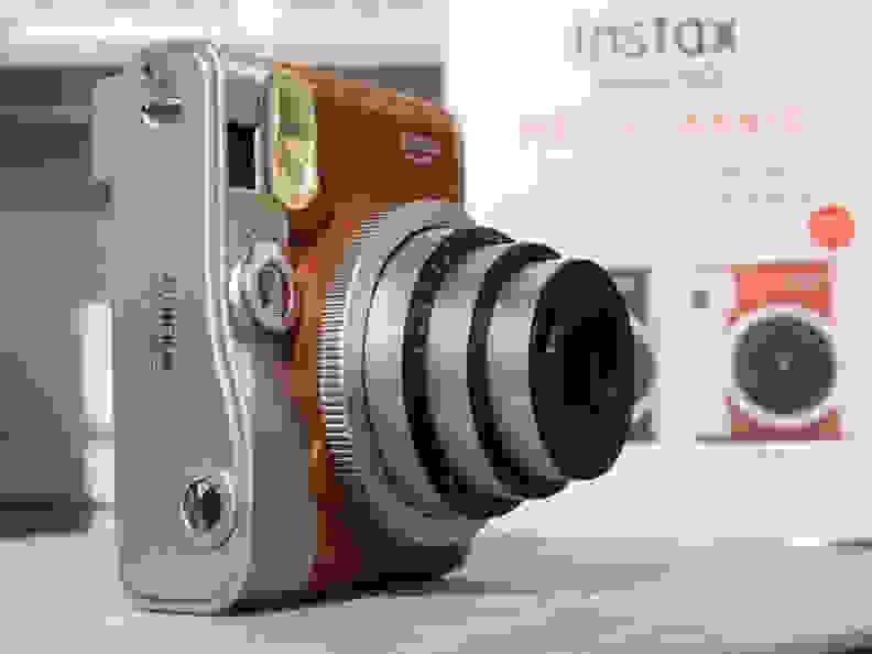 Instax Mini 90 Neo Classic (Brown) –In Profile