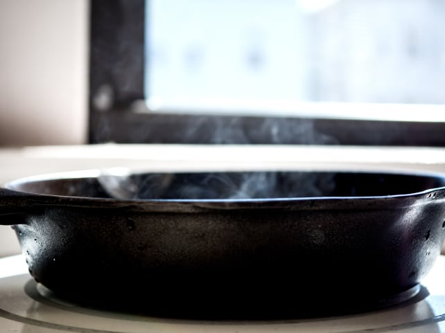 Cast iron reseasoning