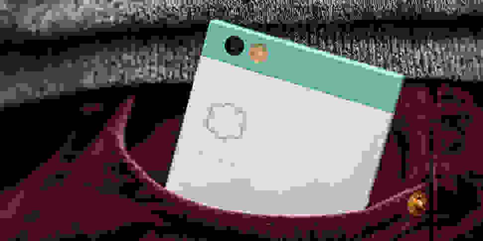 Nextbit Robin in Pocket