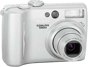 Nikon5900.jpg