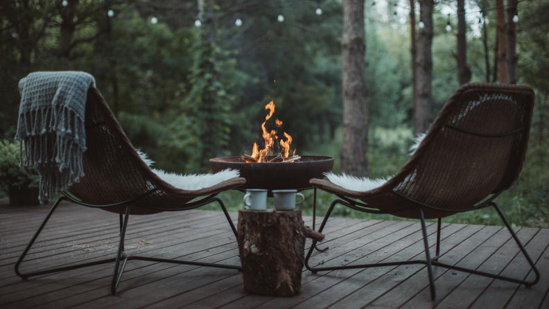 blanket-inspired outdoor patio ideas will have you feeling cozy