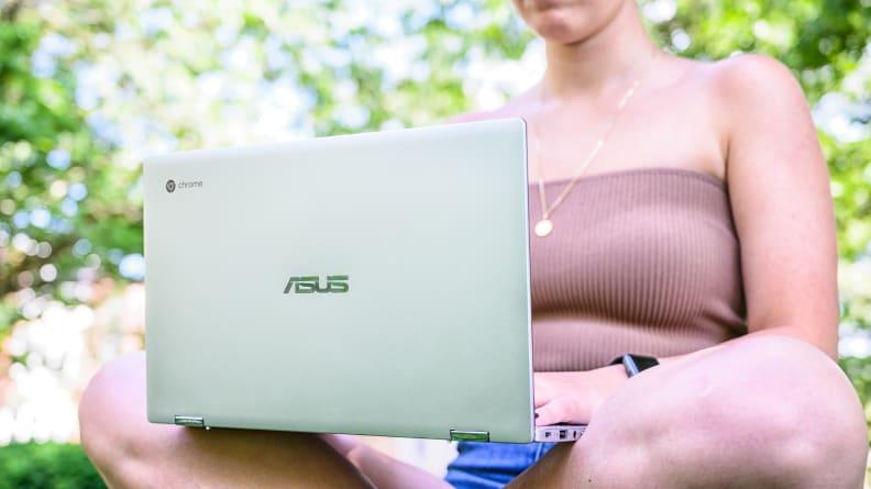 Asus Chromebook C434TA Design